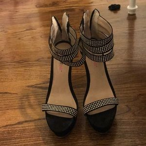 just fab Black and gold studded sandal